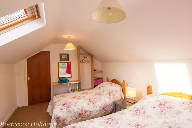 Roosley, Master Bedroom Beds, Rostrevor Holidays