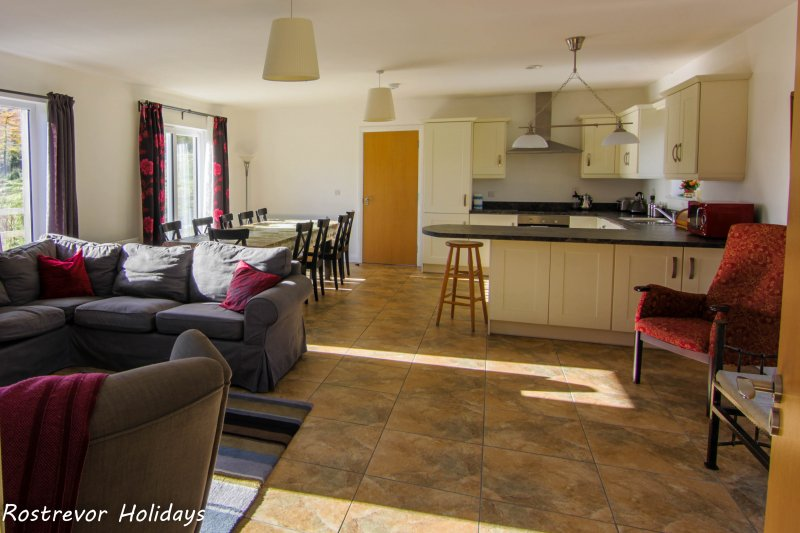 g Open Plan Kitchen and Living Area, Slieve Roe