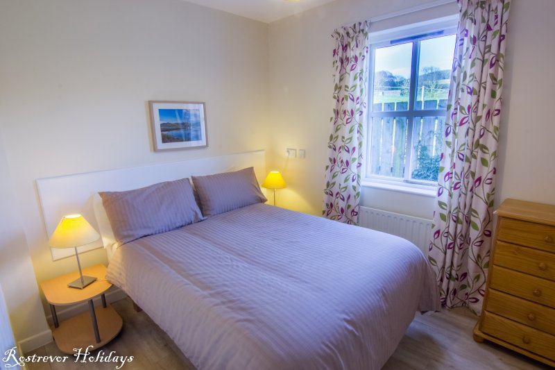 Double Bedroom, Cnoc Si, Rostrevor Holidays
