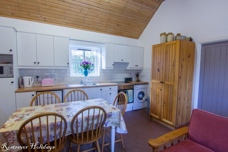 Kitchen, Cnoc Si, Rostrevor Holidays