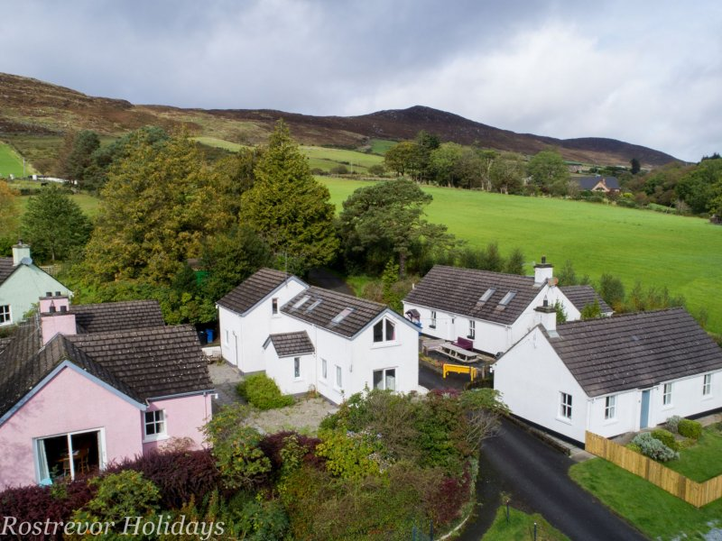 Group-of-Cottages-Rostrevor-Holidays
