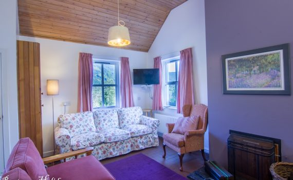 Cnoc Si, 3 bedroom cottage, Living Room, Rostrevor Holidays
